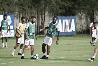 Com Régis entre titulares, Carpegiani começa a definir Bahia para duelo contra Fluminense