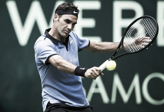 Federer se reencuentra con la victoria en Halle