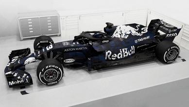 Ainda sem pintura definitiva, Red Bull lança RB14 para 2018