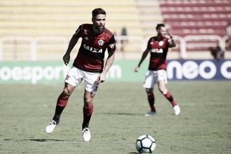 """Diego não culpa Zé Ricardo pela má fase do Flamengo: """"Todos nós somos responsáveis"""""""