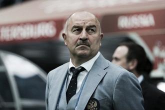 """Técnico Cherchesov releva derrota da Rússia para Portugal: """"Futebol dita suas próprias regras"""""""