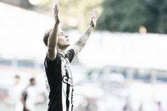 Roger Guedes dá show e Atlético-MG goleia Fluminense