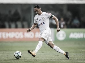 Ricardo Oliveira lamenta eliminação e critica desempenho do Santos