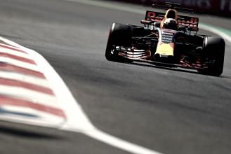Red Bull va en serio y Alonso sorprende durante la jornada del viernes