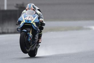 """Alex Rins: """"Con el mostacho, la moto se vuelve más pesada en los cambios de dirección"""""""