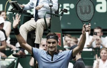 Federer atropela japonês na estreia em Halle
