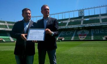 El estadio Martínez Valero recibe la licencia de actividad