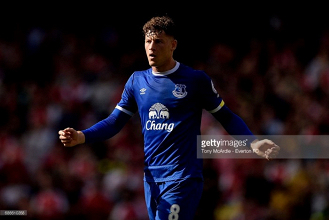 Chelsea complete Ross Barkley signing