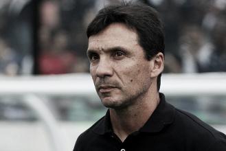 """Zé Ricardo destaca atuação do Vasco na estreia: """"Merecemos a vitória"""""""