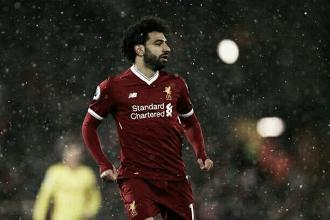 Após marcar quatro gols no Watford, Salah pede desculpas ao goleiro