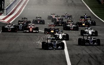 Vuelta al 2016. GP de Bahrein: Rosberg aprovecha el error de Hamilton en la salida