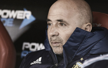 """Sampaoli admite erros no empate com Venezuela: """"Deixamos passar uma oportunidade muito grande"""""""