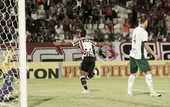 Em jogo de invictos, Santa Cruz derrota Guarani e mantém 100% na Série B