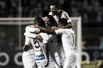 Santos bate Flamengo em jogo de viradas e garante invencibilidade no Pacaembu