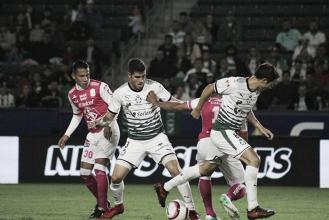 León vence a Santos en EU