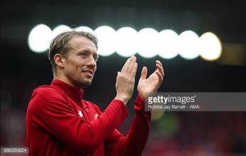Lucas Leiva completes £5 million move from Liverpool to Lazio after 10-year Anfield career