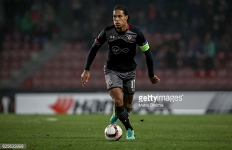 Liverpool could return for Virgil van Dijk if Southampton reluctantly decide to listen to offers