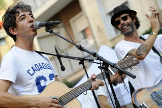 Los Planetas y Sidonie, dos maneras de amar la música en el B-Side Festival