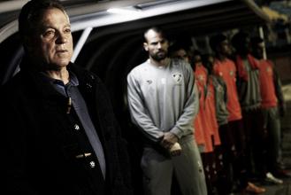"""Apesar da vitória, Abel nega empolgação com a equipe: """"Não jogamos bem"""""""