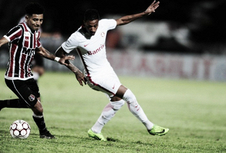 Em jogo marcado por lesões e pouca inspiração, Santa Cruz e Inter empatam no Arruda
