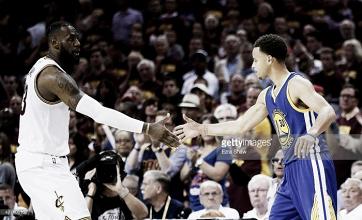 LeBron James - Stephen Curry: Quem sai vencedor?