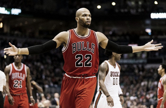 Oklahoma City Thunder make late deal, trading with the Chicago Bulls
