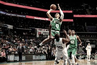 Jayson Tatum podría ser titular en el estreno contra los Cavaliers