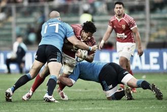 Tonga aprovecha la resaca de Italia y Escocia se da un homenaje