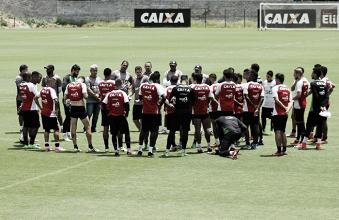 Mancini faz treino fechado e finaliza preparação do Vitória para duelo contra Palmeiras