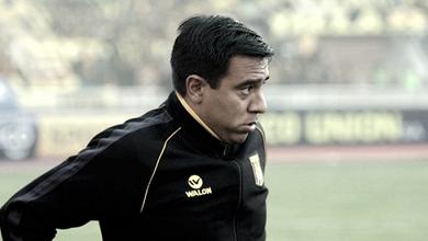 Tribunal de fútbol boliviano revocó sanción a César Farías