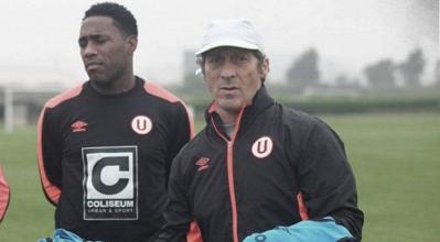 """Pedro Troglio: """"No hay un jugador que retenga y no pueda darle minutos"""""""