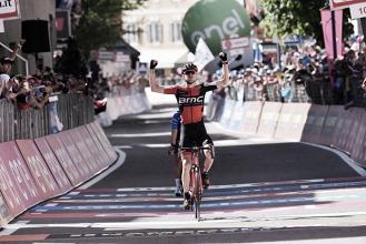 Giro d'Italia, Van Garderen si prende il tappone dolomitico di Ortisei. Dumoulin controlla in rosa