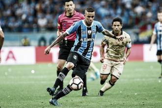Grêmio perde para Barcelona na Arena, mas avança à final da Libertadores
