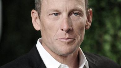 Relatório anti-doping arrasa UCI; Lance Armstrong quer ser exemplo