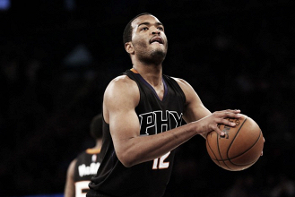 Phoenix Suns sign forward T.J. Warren to four-year extension