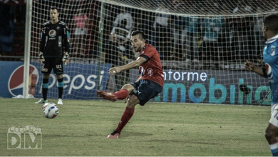 Santiago Echeverría llegó a diez partidos con el Medellín