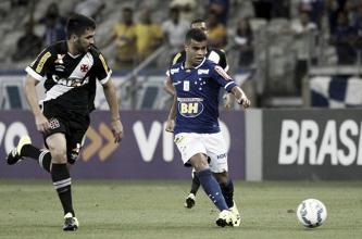 Colados no Brasileirão, Vasco e Cruzeiro duelam em Volta Redonda