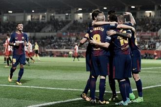 Com direito a dois gols contra, Barcelona supera Girona e segue isolado na liderança