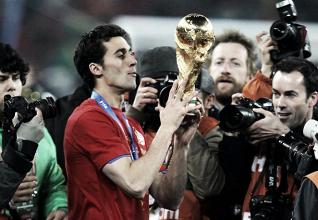 Campeão mundial com a Espanha e ídolo no Real Madrid, Álvaro Arbeloa anuncia aposentadoria