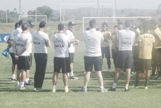 Beto Campos esboça alterações no primeiro treino pelo Criciúma