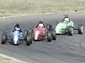Rafael Caputi vence as duas provas pela Copa ECPA da Fórmula Vee