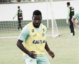 Sem espaço, Victor Bolt rescinde com o Goiás e deve ir para o futebol chinês