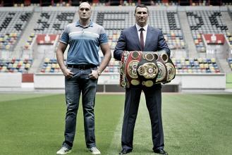 Sfrontatezza e 8 cm in più: le armi di Tyson Fury contro Wladimir Klitschko