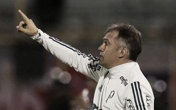 Eduardo Baptista atribui derrota na Bolívia ao campo de jogo