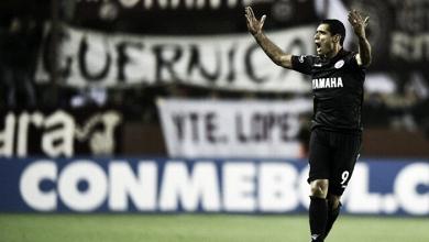 Lanús reverte placar, vence San Lorenzo nos pênaltis e enfrenta River na semifinal da Libertadores