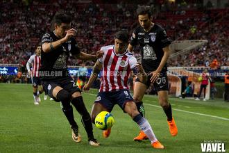 Chivas logra su primer punto en casa
