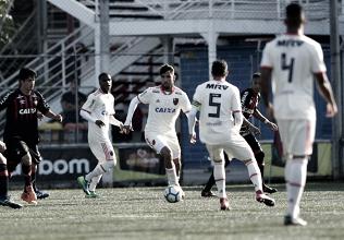 De virada e fora de casa, Flamengo bate Atlético-PR na estreia do Brasileirão Sub-20