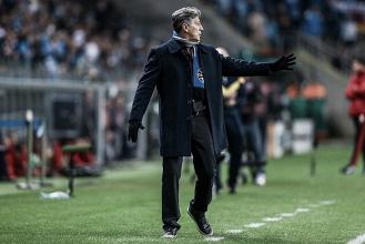 Renato reconhece mérito do Flamengo, mas lamenta falta de malandragem do Grêmio no fim