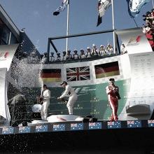 Lewis Hamilton defende o título com vitória em Melbourne