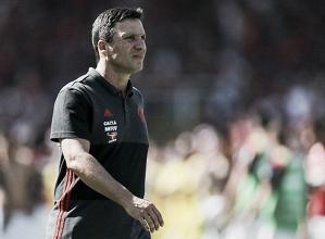 """Zé Ricardo reconhece desempenho ruim do Flamengo: """"Precisamos melhorar nossa performance"""""""